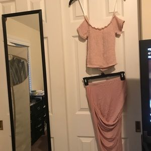 Outfit top & pencil skirt size xs color rose